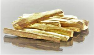 palo-santo-swiete-drzewo-poczuj-to-dym-zapach-holy-wood-glasspol