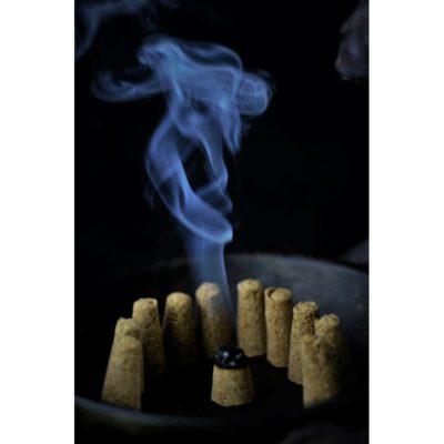kadzidlo-palo-santo-stozek (1)