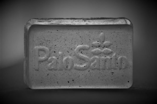 Palo Santo, mydło glicerynowe, Palo Santo soap. Pachnące mydło Palo Santo.